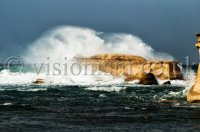 Waves_on_the_rocks_Marsalforn-5_grid.jpg